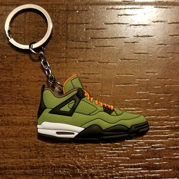 best website 236b2 d5347 Jordan 4 Retro UNDFTD Shoe Keychain Boutique